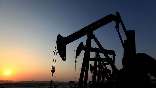 Petrol ABD stok verisi sonrası kayıplarını genişetti