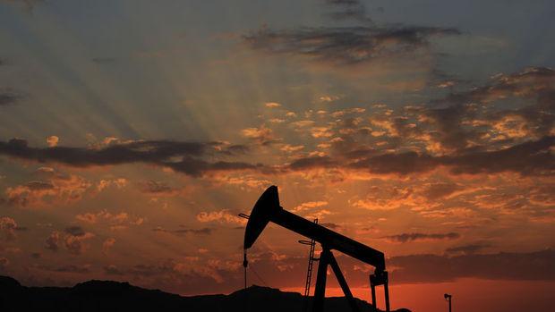 Petrol Suudi bakanın açıklaması sonrası sıçradı