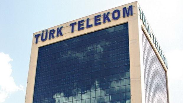 Türk Telekom üst yönetiminde 2 isim görevden ayrıldı