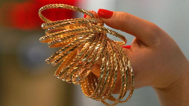 Altının gramı 127,3 liradan işlem görüyor