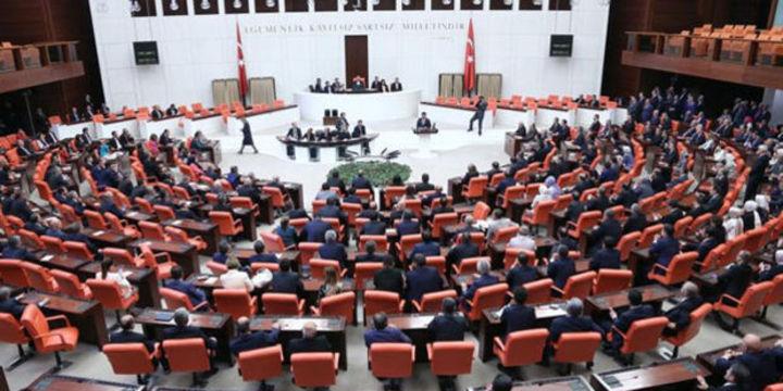 AKP, CHP ve MHP yeni anayasa paketi için bir araya geliyor