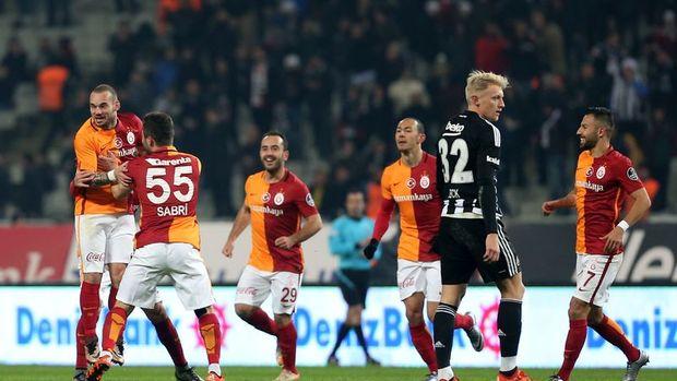Beşiktaş ve Galatasaray, Süper Kupa için sahada