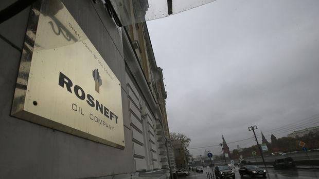 Rosneft'in karı düştü