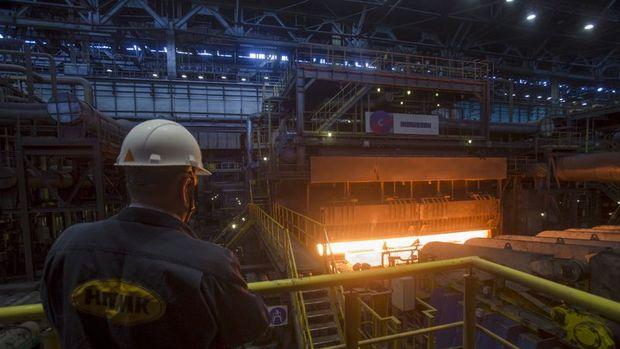 Rusya'da sanayi üretimi tekrar düşüşte