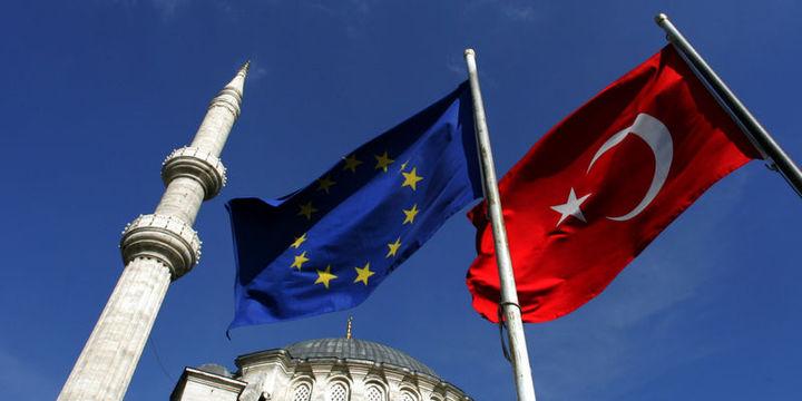 AB: Türkiye vize serbestisi için 5 maddeyi daha yerine getirmeli