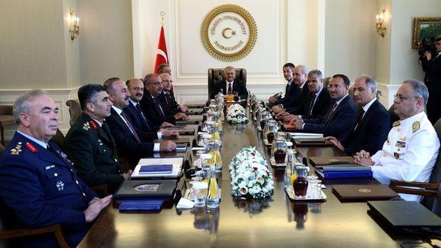 434 albayın görev süresi 2 yıl uzatıldı, 586 albay emekliye sevk edildi