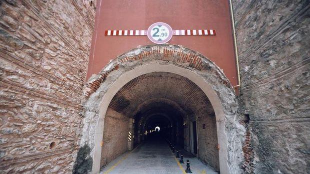 Beylerbeyi Sarayı Tüneli trafiğe açıldı