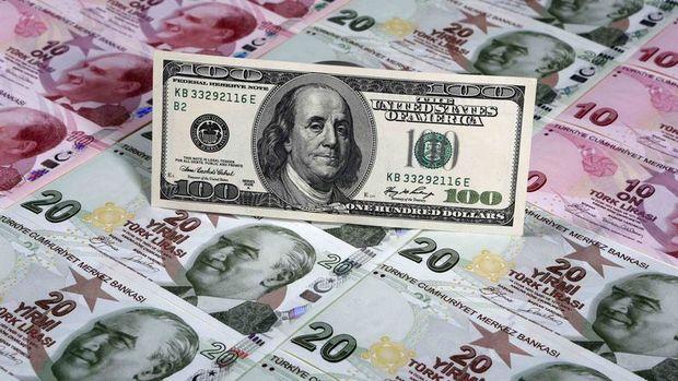 Dolar/TL kritik Fed öncesi yatay seyrediyor