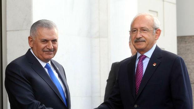 Yıldırım ile Kılıçdaroğlu FETÖ ve anayasayı görüştü