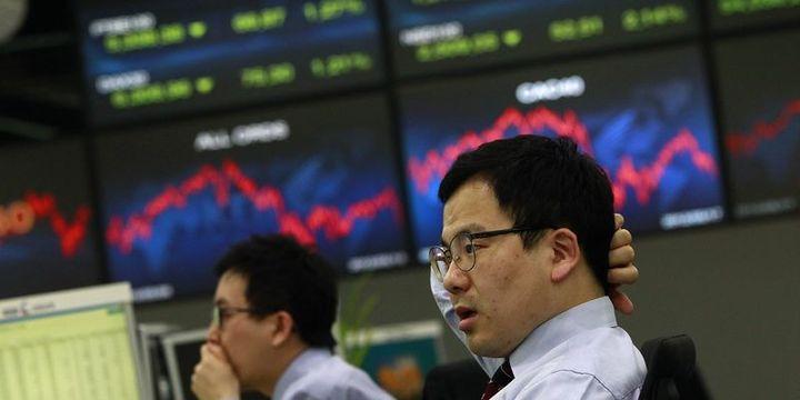 """Asya hisseleri """"güçlü"""" yen ile düştü"""