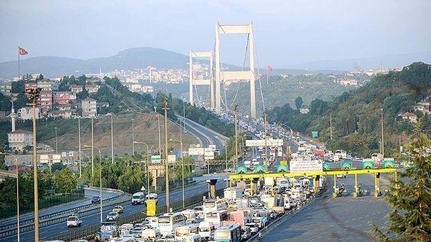 Köprü ve otoyol gelirleri 826 milyon lira oldu