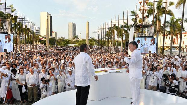 Kolombiya'da 52 yıl süren iç savaş resmen sona erdi