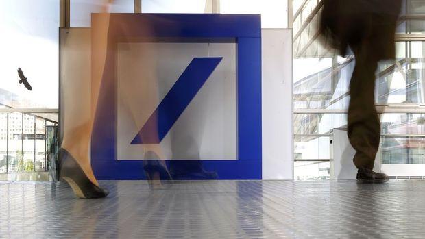Deutsche Bank hisseleri neden rekor seviyelere düşüyor?