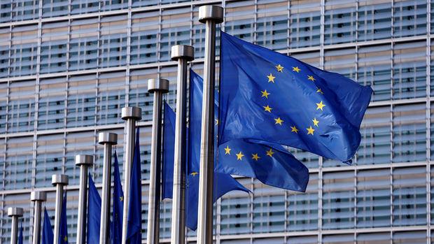 Euro bölgesi ekonomisi artan belirsizlikle ivme kaybetti