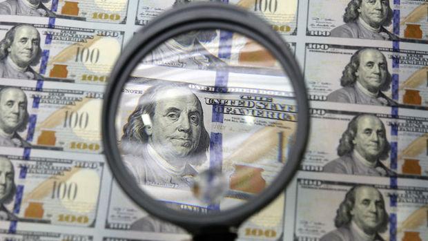 Standard Chartered dolar/TL'de 2.90 hedefle kısa pozisyon önerdi