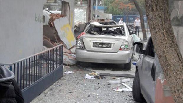 İstanbul'da polis karakoluna bombalı motosikletle saldırı
