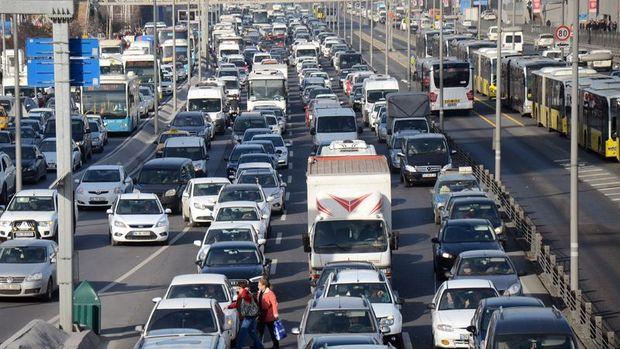 Trafiğe kayıtlı araç sayısı 20.7 milyona yükseldi