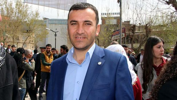 HDP Milletvekili Encü'nün pasaportuna havalimanında el konuldu