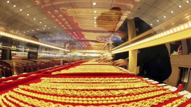 Altının gram fiyatı sınırlı yükselişte