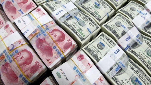 Yuan 10 ayın en sert haftalık düşüşüne yöneldi