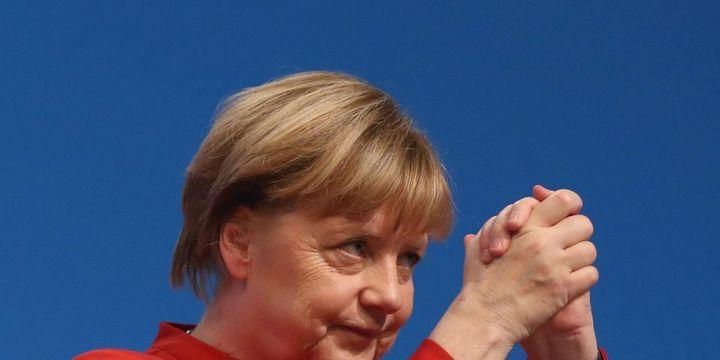 Angela Merkel tekrar genel başkan seçildi