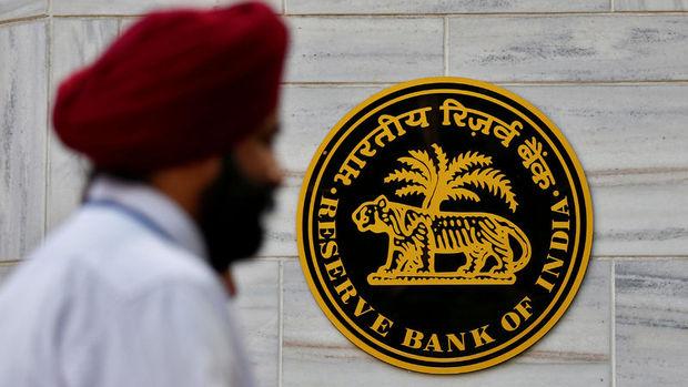 Hindistan Merkez Bankası faiz oranını değiştirmedi