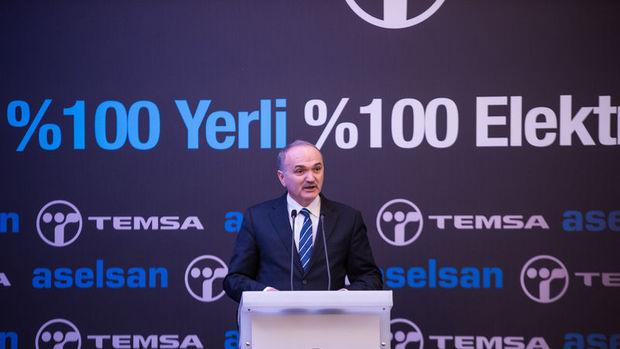 Türkiye'nin ilk yüzde 100 yerli elektrikli otobüsü yola çıktı