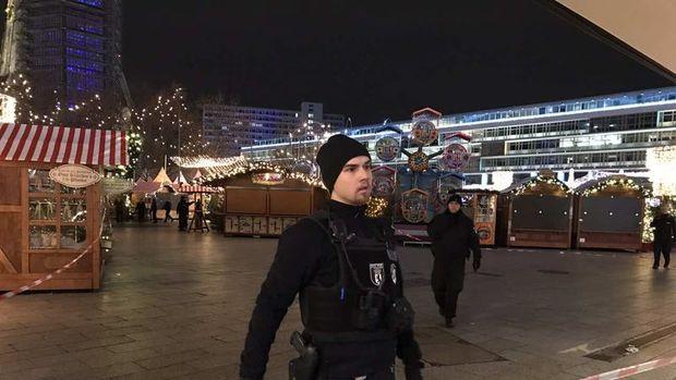 Berlin'de tır pazar yerine girdi: 12 ölü
