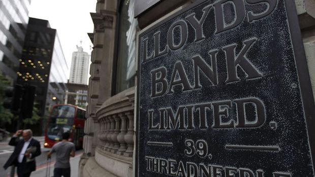 İngiliz bankası Lloyds, MBNA'yı satın almak için görüşüyor