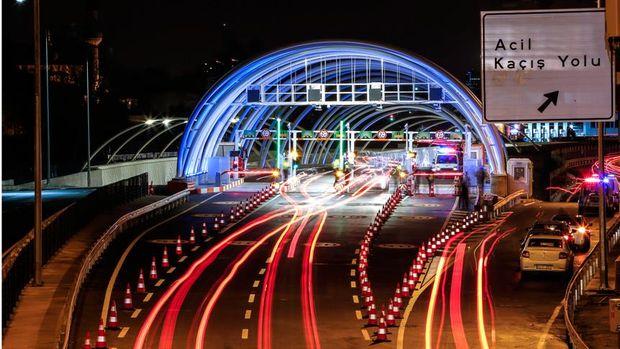 Avrasya Tüneli'nden ilk günde 23,938 araç geçti