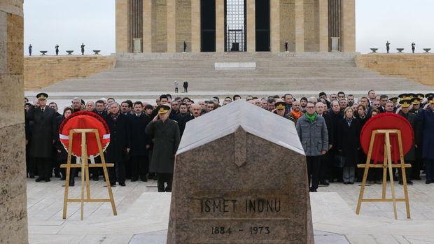 İnönü vefatının 43. yılında Anıtkabir'de anıldı