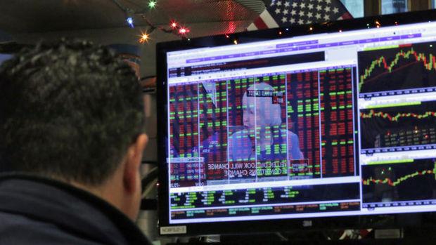 Küresel piyasalar: Dolar yükselirken ABD hisseleri geriledi