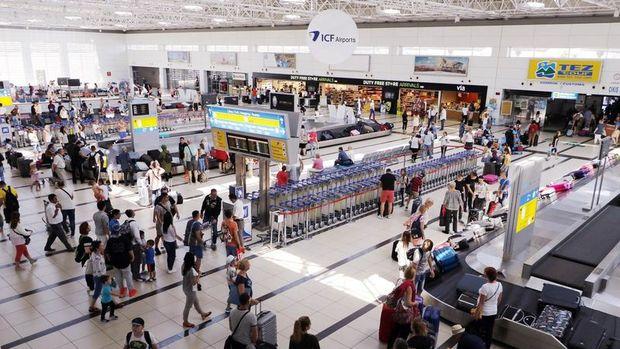 Kasım'da turist sayısı %21.4 azaldı