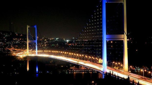 İstanbul'un tamamına elektrik verildi