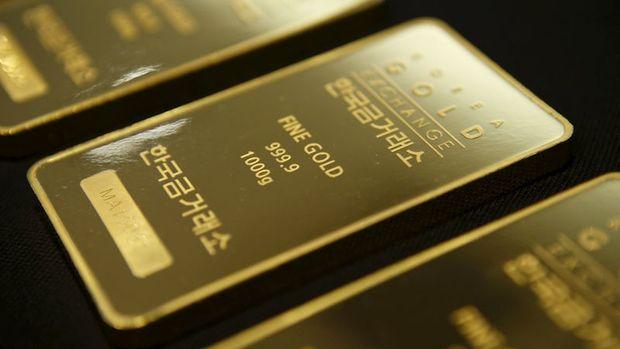Altın dolardaki düşüşle yılı güçlü kapamaya yöneldi