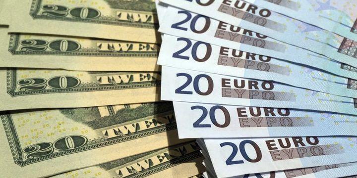 """Euro/dolar """"dakikalar"""" içinde % 1.6 sıçradı"""