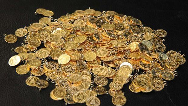 Altının gramı yaklaşık bir ayın zirvesinde