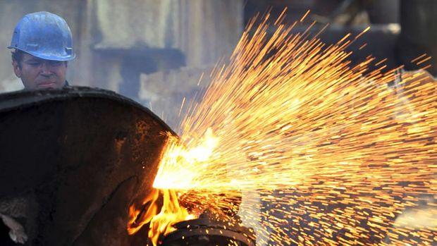 Euro Bölgesinde bileşik PMI aralıkta arttı