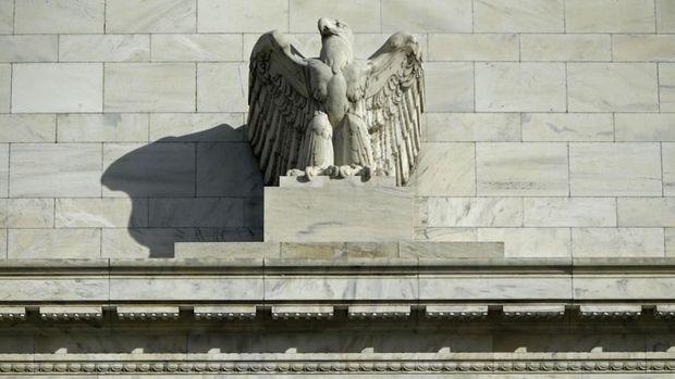 Fed tutanakları: Kademeli faiz artırımları yukarı yönlü risk taşıyor