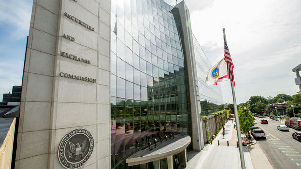 Trump SEC başkanlığına Wall Street avukatını aday gösterdi