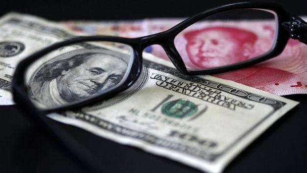 Offshore yuan 1 yılın en büyük düşüşünü kaydetti
