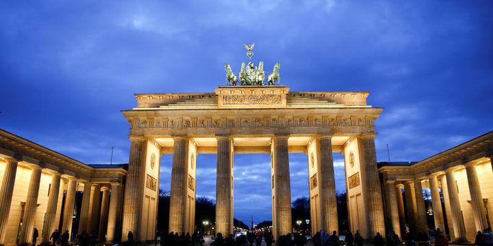 Almanya vergiden 301,8 milyar euro bekliyor