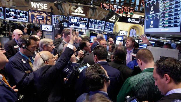 Küresel piyasalar: Dolar yükselirken Hazine tahvilleri geriledi