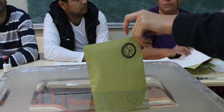 Türkiye yedinci referandumuna hazırlanıyor