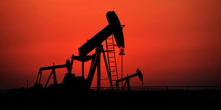 """Petrol """"stok"""" verisi ile 53 dolar civarına düştü"""