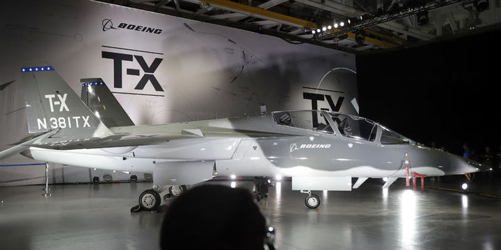 Boeing ile Lockheed Martin