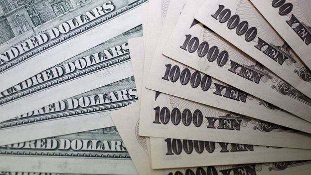 """Yen """"BOJ"""" ardından dolar karşısındaki kazançlarını genişletti"""