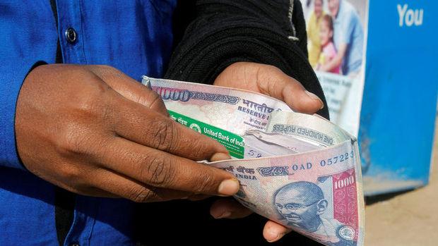 Yuan, baht ABD verisiyle yükseldi