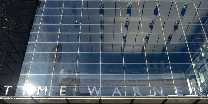 Time Warner Atlanta TV kanalını satıyor