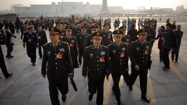 Çin, savunma bütçesini 2017'de yüzde 7 artıracak